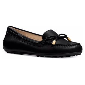 New Micheal Kors Daisy Leather Moccasin Size 8